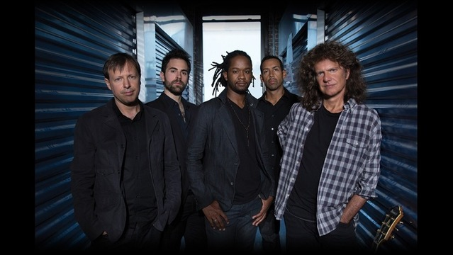 Warren Gerds/Critic at Large: Review: Pat Metheny dazzles in Lawrence concert