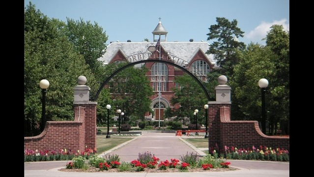 Warren Gerds/Critic at Large: St. Norbert College primed for action