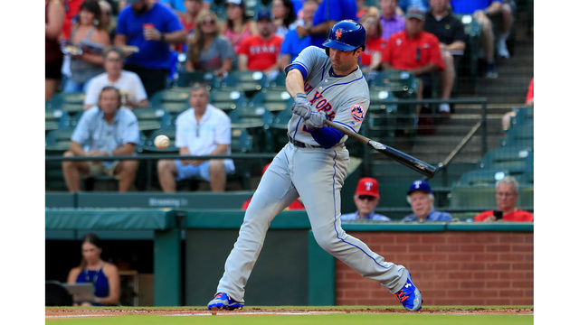 Brewers trade for Mets 2B Neil Walker