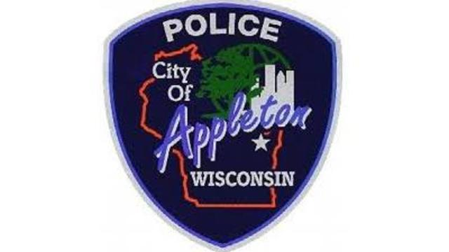 Fleeing felon hurt after ending up in Appleton recycling trunk