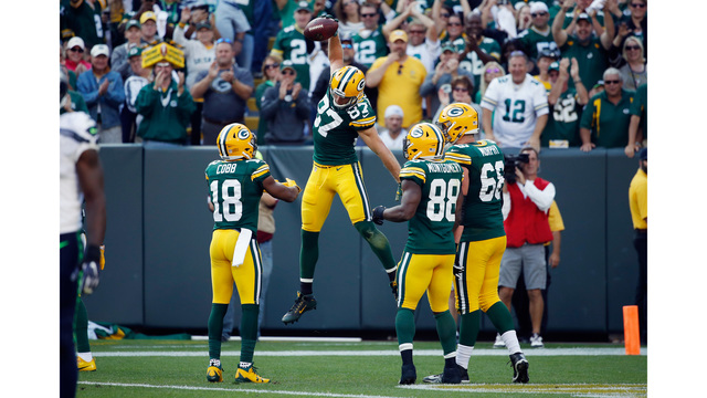 Packers grind out 17-9 win over Seattle in regular season opener