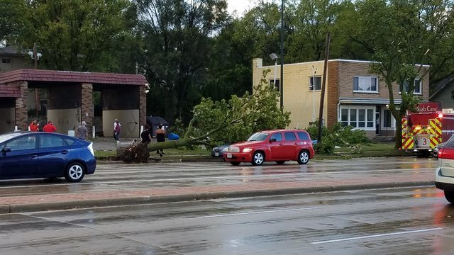 Tornado touches down on east side of Madison, Sun Prairie