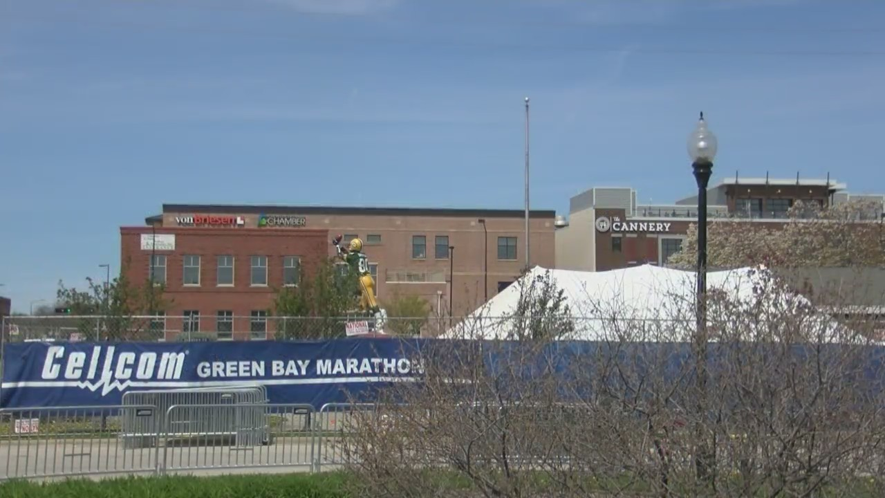 Downtown Green Bay businesses look forward to post-marathon foot traffic