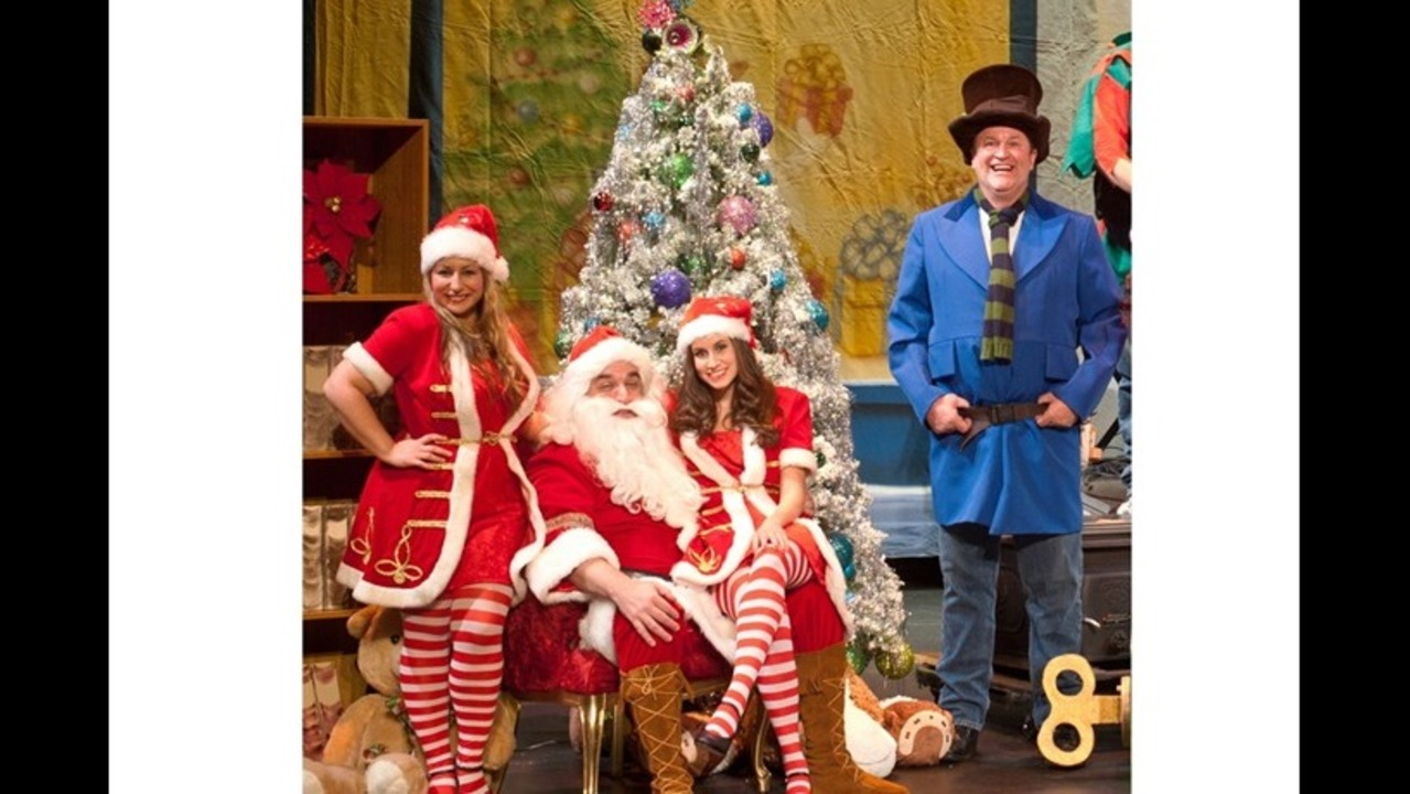 Warren Gerds/Critic at Large: Review: \'Frank\'s Christmas at Prange\'s ...