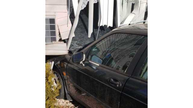 Driver injured after vehicle crashes into apartment building in Fond du Lac