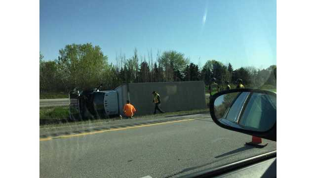 Lane closures on I-41 NB and SB at Richmond Street Due to Overturned Semi