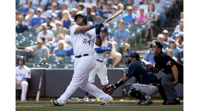 Brewers 1B Jesus Aguilar Wins