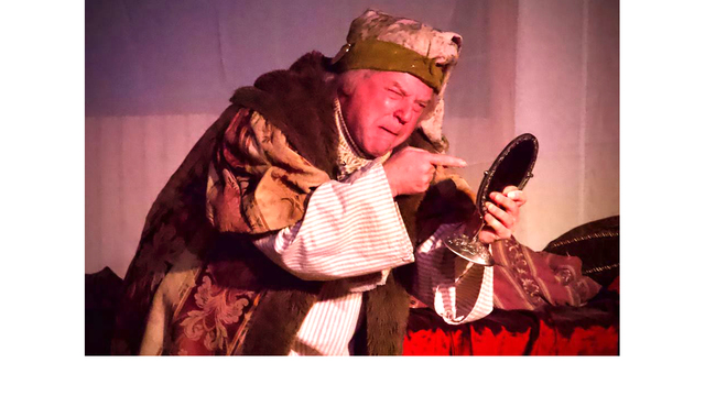Warren Gerds/Critic at Large: Green Bay Troupe Leader Revises His Version of 'A Christmas Carol'